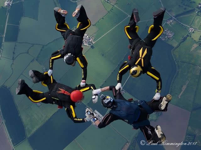 4 way skydiving team