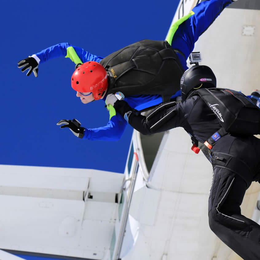 Skydiving course Level 5 exit